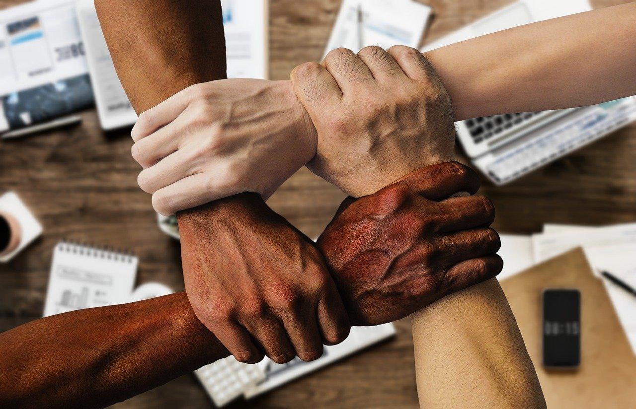 Internationalt samarbejde, multikulturelle teams internationale teams, teammedlemmer fra forskellige lande (
